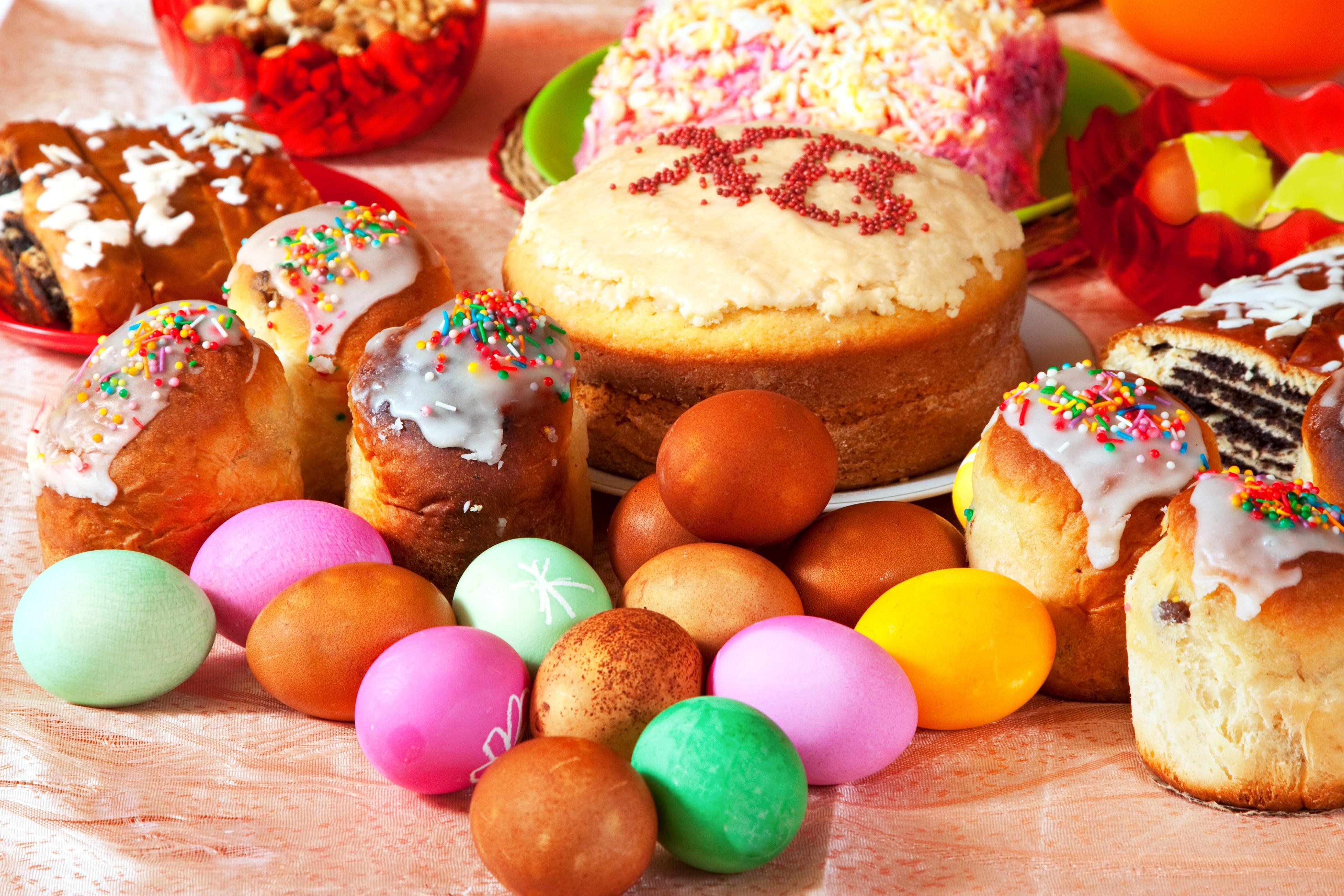 3900x2600_easter-holidays-baking-eggs-spring-pasha-prazdnik